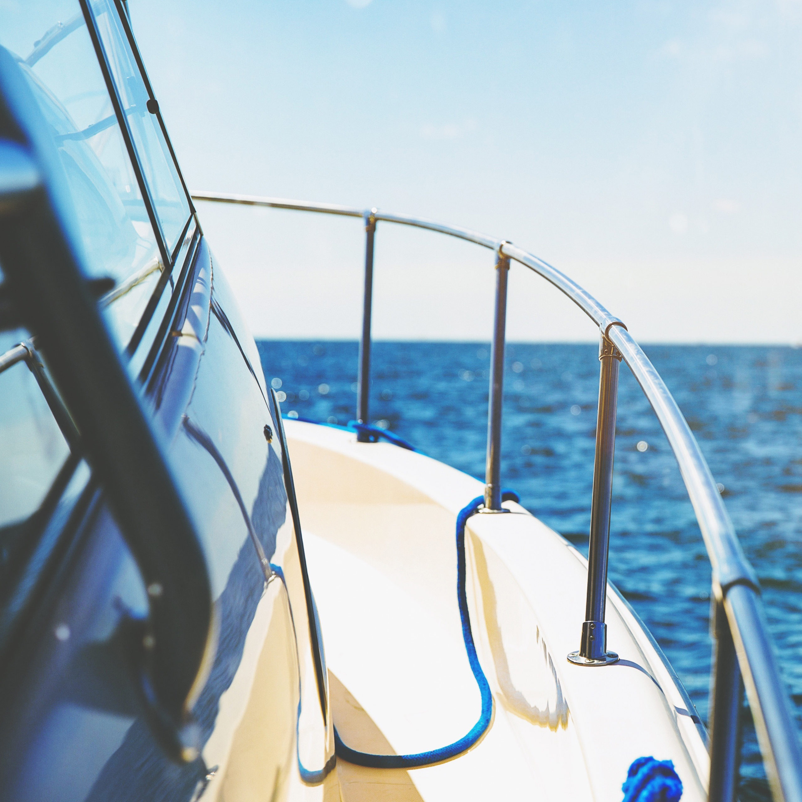 Launch boat out at sea with pleasurecraft insurance